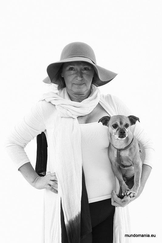 Andrea Wohak mit Hund