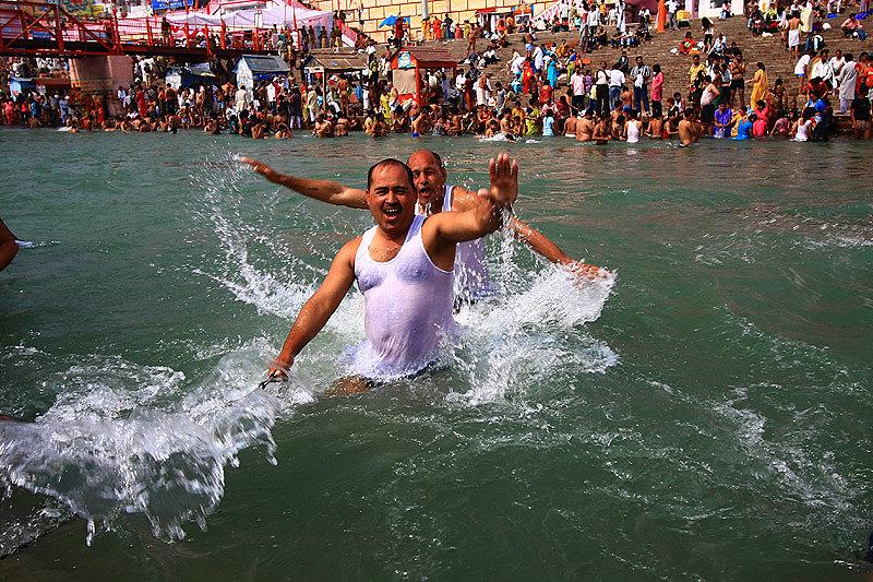 haridwar-bathingghat-kumbh-mela2010.jpg