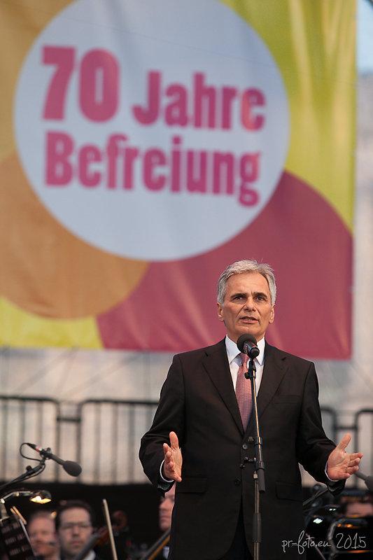 Werner Faymann Heldenplatz 8.5.2015